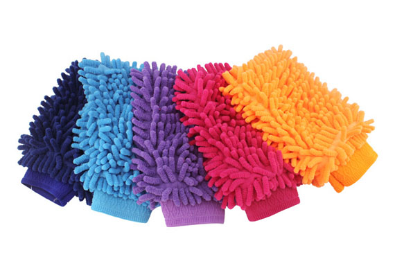 Can be used either dry or damp, when dry, the fibres will clean more effectively than traditional cloths because static charge from the woven shaped fibres attract the dust.